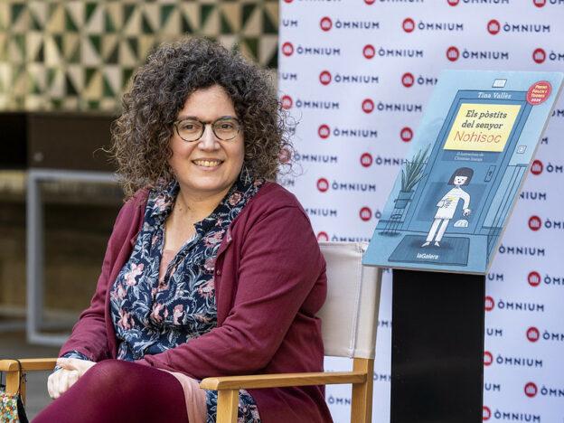 """Tina Vallès: """"Si mirem un llibre o un àlbum amb un nen és possible que hi vegi més coses que nosaltres"""""""