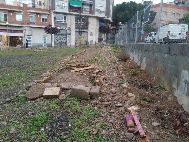 Denuncien destrosses a l'hort comunitari de l'Espai Vallparda