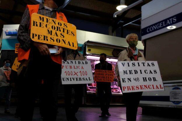 Rebelión Bellvitge i Marea Pensionista es mobilitzen a Santa Eulàlia en defensa de la sanitat pública
