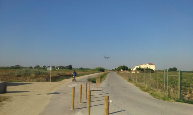 L'ampliació de l'aeroport del Prat, a debat a l'Hospitalet